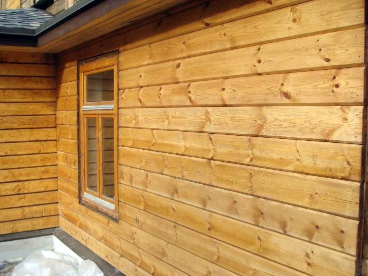 Natural LINSEED OIL for wood mixed with TAR oil for facade protection