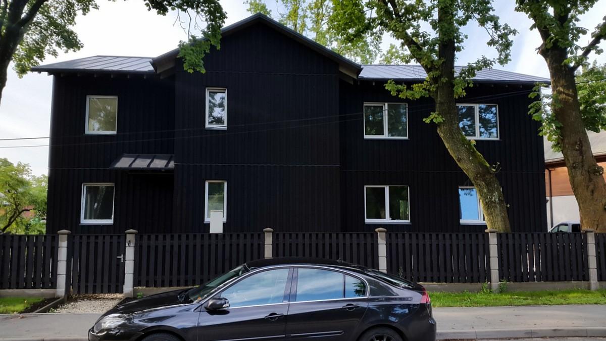 Swedish paint black