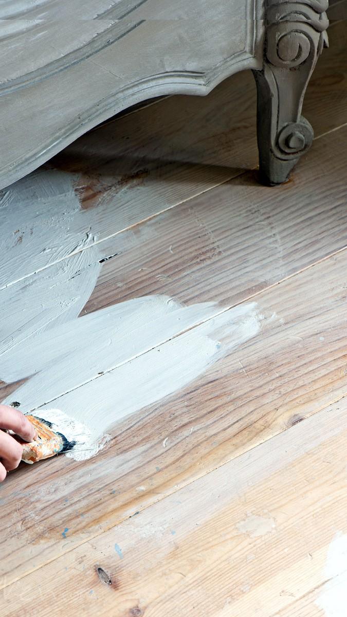 Limewash paint traditional